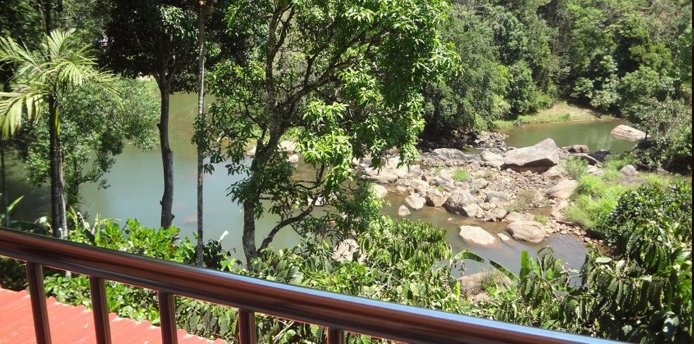 River-view-Homestay- Munnar